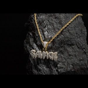 💎🥶Iced Out 18k Savage Word Pendant 💎🥶